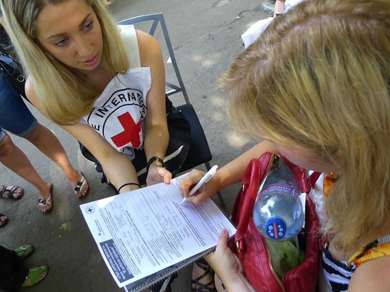 ICRC tries to reconnect families as hope of ceasefire floats in Ukraine