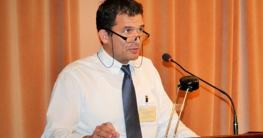Dr Nils Melzer makes his remarks at the launch of the handbook at the International Institute for Humanitarian Law, Sanremo, 9 September 2016.