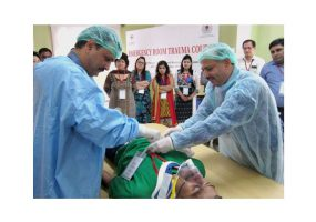 Doctors in J&K Now Train Colleagues in Emergency Room Trauma Response