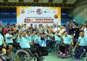Virender Sehwag Bats for Wheelchair Basketball as Maharashtra and Tamil Nadu Win Championship