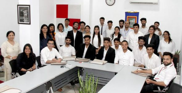 Visit by the students of JEMTEC Law School