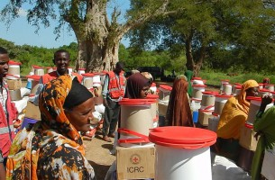 Boat deliveries for flood affected families in Middle Shabelle