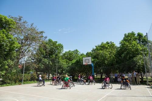ทีมบาสเก็ตบอลคนพิการหญิงของกัมพูชาฝึกฝนอย่างหนักเพื่อเตรียมเข้าร่วมการแข่งขันในระดับนานาชาติ