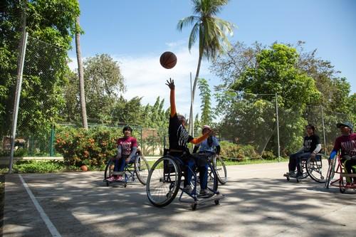 กัมพูชา-สัมภาษณ์สองสมาชิกหญิงทีมบาสเก็ตบอลคนพิการกัมพูชา