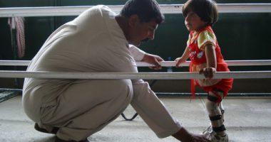 เหรียญอังรี ดูนังต์แด่อัลเบอร์โต ไคโร สำหรับการอุทิศตัวช่วยเหลือผู้ทุพพลภาพในอัฟกานิสถาน