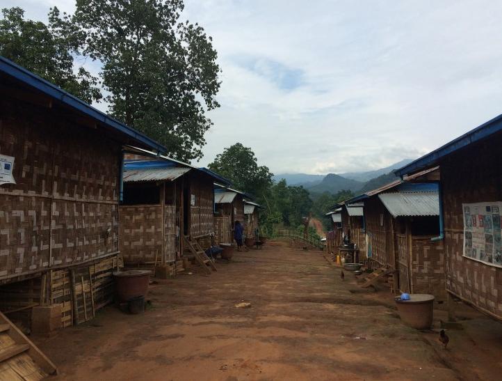 บ้านของผู้พักพิงภายในศูนย์ที่เมืองสี ทางตอนเหนือของรัฐฉาน