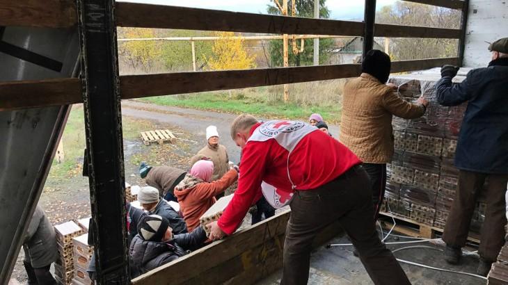 แข่งกับเวลา! เจ้าหน้าที่ ICRC เตรียมพร้อมรับมือหน้าหนาว -20 องศา โดยไม่มีก๊าซ/ไฟฟ้า ในยูเครน
