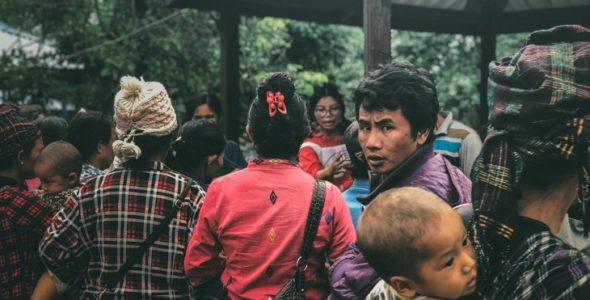 เมียนมา: ความวุ่ยวายในรัฐคะฉิ่นกับหลายชีวิตที่ต้องจากบ้าน
