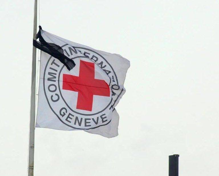 ICRC ประณามการฆาตกรรมพยาบาลผดุงครรภ์ และเรียกร้องให้ปล่อยตัวเจ้าหน้าที่ทางการแพทย์อีกสองท่านที่ถูกลักพาตัวขณะออกปฎิบัติงานในประเทศไนจีเรีย