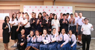 เครื่องหมายกาชาดมีมากกว่าเรื่องการแพทย์ ฟังมุมมองของสองทีมผู้ชนะการประกวดคลิปวีดีโอของสภากาชาดไทย