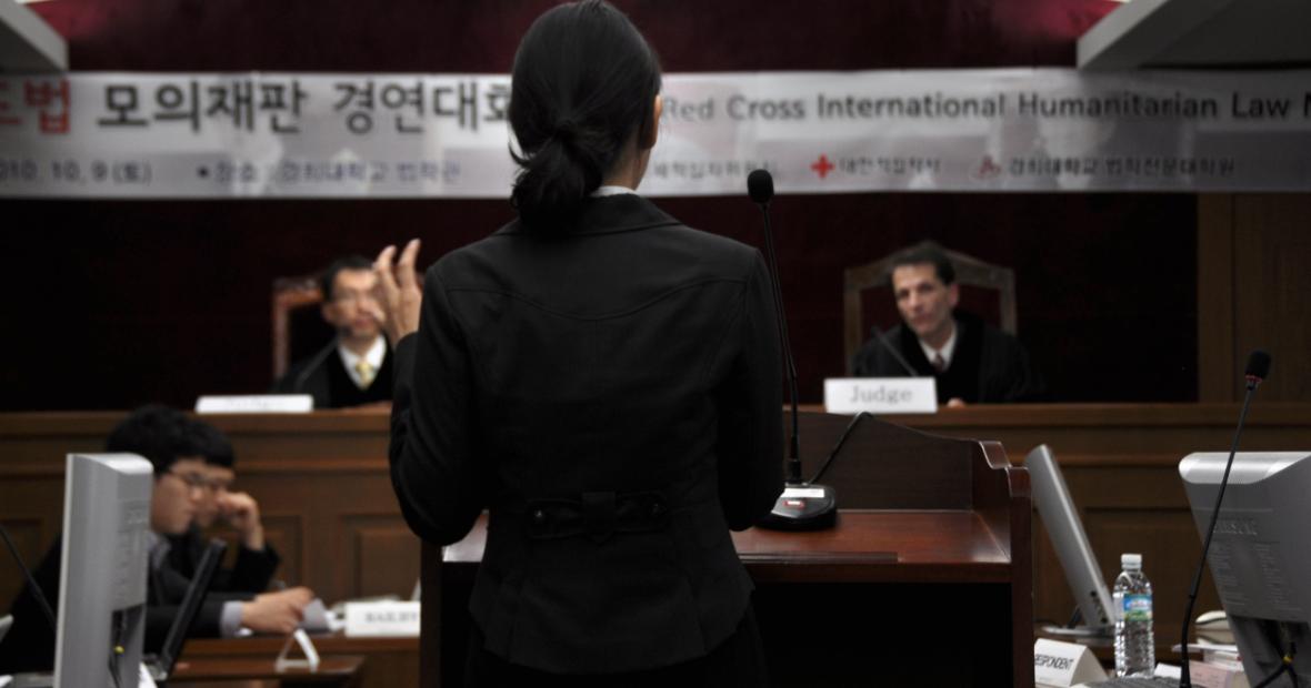 การแข่งขันว่าความศาลจำลองกับการปลูกฝังหลักการทางมนุษยธรรมให้แก่เยาวชน (ตอนที่ 2)